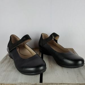 NWOB DANSKO Black Leather Shoes With Velcro Strap